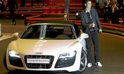 Cristiano Ronaldo Phone with is New Car